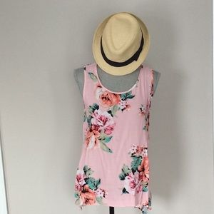 Tops - Vacation vibes floral